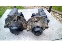 Trailer Indespension Units, Hubs & Wheel Nuts Believed to be 350kg units