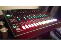 Roland TR8 - Perfect Condition - Offers Considered