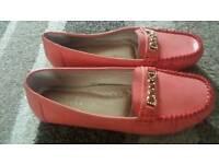 Ladys' shoe
