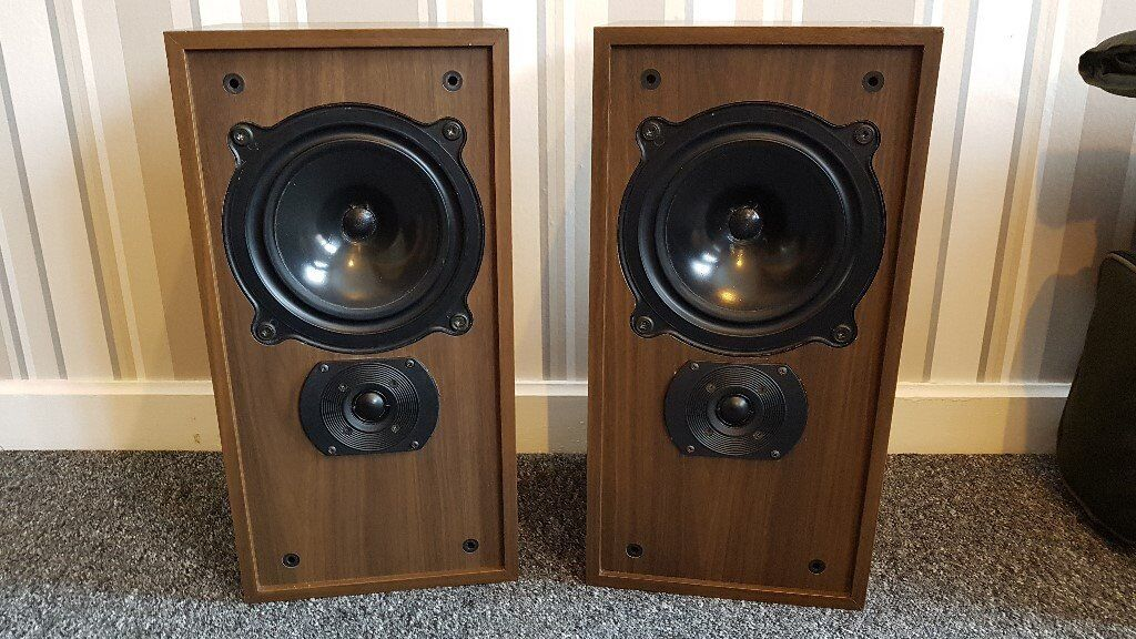 B&W DM11 Speakers