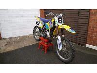 Suzuki Rm250 motocross