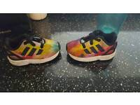 Zx flux toddlers trainers