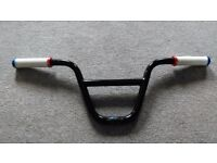 Bmx bars with grips