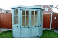 5 X 5 CORNER SUMMER HOUSE GOOD CONDITION & NEW FELT ROOF FREE LOCAL DELIVERY