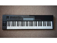 Novation Launchkey 61 MKII ( Launch Key 61 MK2) 61 key Midi Keyboard