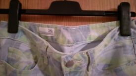 GAP colorfull trousers size gap 26r