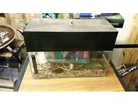 small fish tank. Ideal for coldwater, can be adapted for tropical