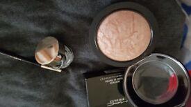 Make up mac and l' oreal