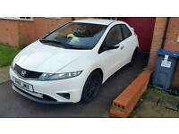 HONDA CIVIC 2011 PEARL WHITE WITH SATNAV HPI CLEAR LIMITED EDITION. NOW REDUCED OVER £1000 OFF!