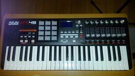 AKAI MPK49 Keyboard - Great Condition and optional gig bag!