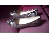 Clarks ladies court shoes