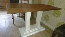 Dining table shabby chic