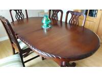 Mahogany table an chairs excellent condition