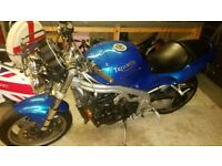NOW SOLD TRIUMPH SPEED TRIPLE WITH 12 MONTHS MOT, HEATED GRIPS AND SOME SPARES