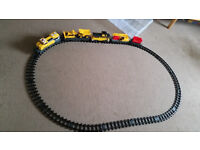 CAT Construction EXPRESS TRAIN 4.2 Metres of Track