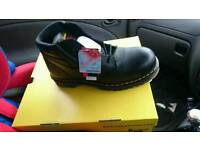 Works boots size 11