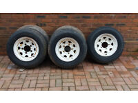 5 LAND ROVER WHEELS (WELLER) AND TYRES - 205 -80 -R16