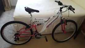 Ladies bike. Quick sale needed to buy a exercise bike.
