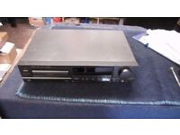 TECHNICS SL-PG520A CD PLAYER