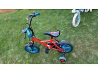Kids Bike with stabilisers in good condition
