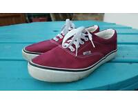 Vans old school classic red and white shoes trainers uk size 7.5 worn once
