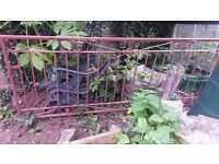 Metal gate, 2 m 23cm long