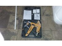bostitch secret flooring nailer .....used once only..... £100 rrp £200