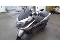 PIAGGIO X10 330cc 2013 £1495 10 MONTHS MOT