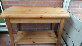 Pine Television Table with Undershelf