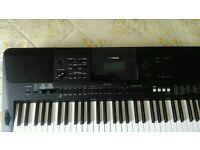 Yamaha psr e453