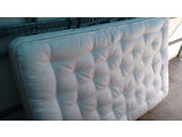 Superb Small double mattress . Quick Free Delivery 4ft wide a 3/4 matt. Very very clean, hardly used