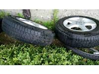Vw golf/ caddy 175/70/14 alloys and tyres excellent condition