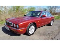 L@@K Jaguar XJ8 Executive **69000 MILES**LONG MOT**BEAUTIFUL CONDITION**SERVICE HISTORY**MUST SEE