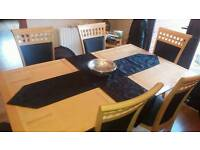 Dining table and 6 chairs vgc