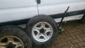 Suzuki vacarra tyres and alloyes