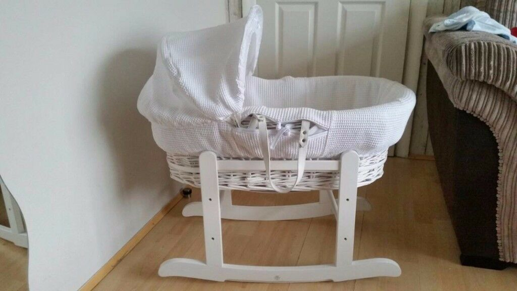 FOR SALE : White Wicker Basket with Rocking Stand