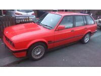 BMW e30 318i Touring Lux