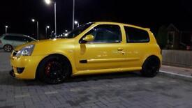 Renault Sport Clio 182 Liquid Yellow