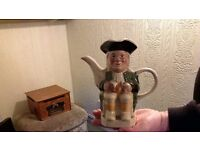 Tony Wood teapot