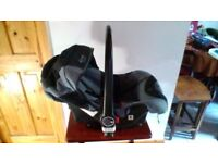 Childs car seat, carrier.