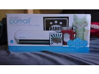 Silhouette Portrait Electronic Cutting Tool - Vinyl Cutter - Brand New (Cuts Card, Fabric etc)