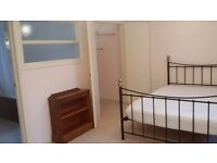 Modern 4 x Double bedrooms available 1 x En suite Double Room 120 sin/ 150 couple