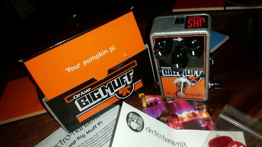 Electro-Harmonix Op Amp Big Muff Pi w/JHS Smashing