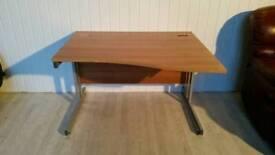 Good Quality Walnut Effect Desk