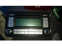 2 excellent car radios for sale for vw