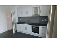 NEWLY REFURBISHED 2 BEDROOM FLAT AVAILABLE IN BARONS COURT