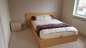 Big Double Room For Rent Available £500 A Month All bills included