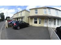 3 Bedroom Semi with Off Road Parking/Driveway For 3 Cars & Large Garden