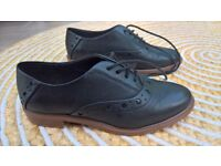 Clark's shoes UK size 4 1/2, black
