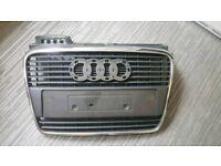 Audi a4 2005 front bumper grill